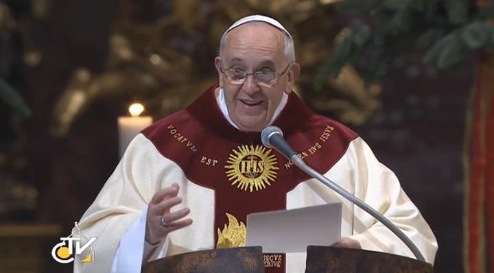Resultado de imagem para papa francisco fotos jesuita francisco