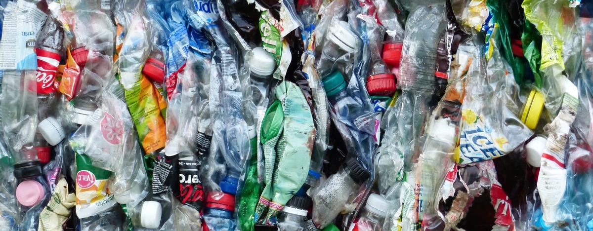Resultado de imagem para Um desafio do século: o que fazer do plástico