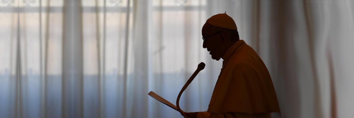 24-10-2018-papa-francisco-discurso-penumbra_vaticanmedia.jpg