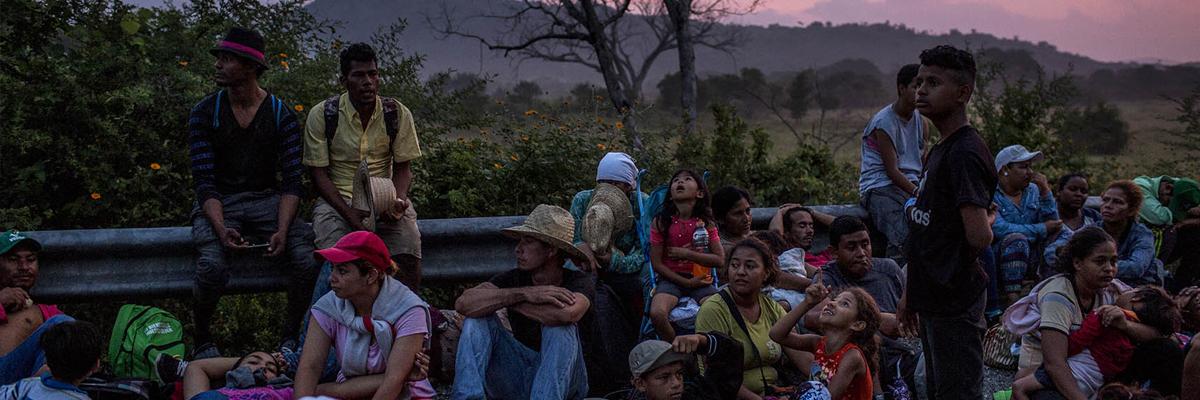 07-11-2018-jovens-migrantes-honduras-caravana_SimoneDalmassoPlazaPublica.jpg