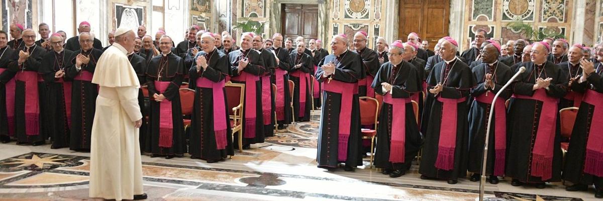 Resultado de imagem para Documento do Vaticano sobre gênero é como passar batom em um porco