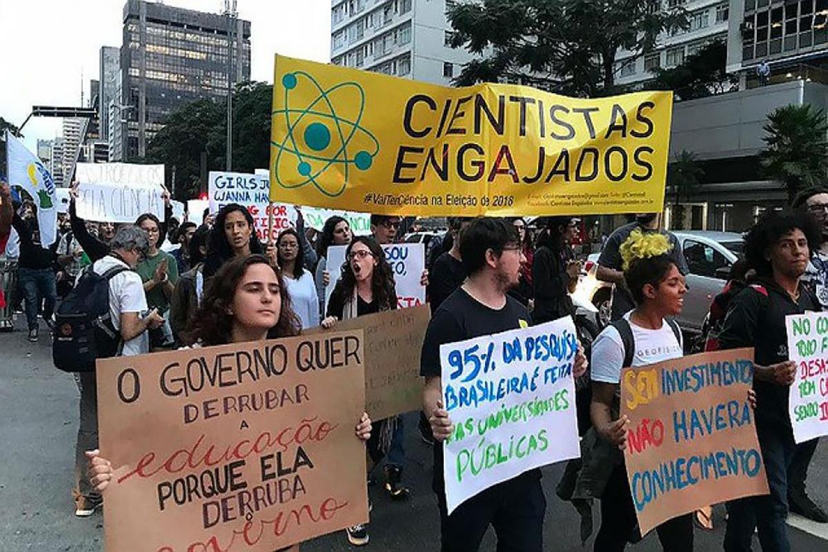 Em tempos de democracia iliberal, a proposta é aprofundar e radicalizar a democracia. Entrevista especial com Tatiana Roque