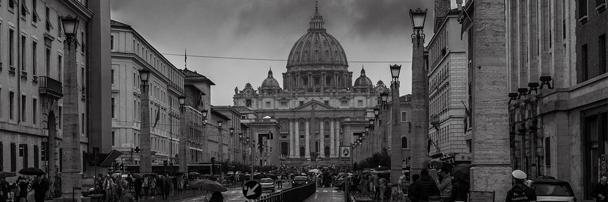 http://www.ihu.unisinos.br/images/ihu/2019/09/12-09-2019-vaticano-noite-dark_robertofaccenda_flickr.jpg
