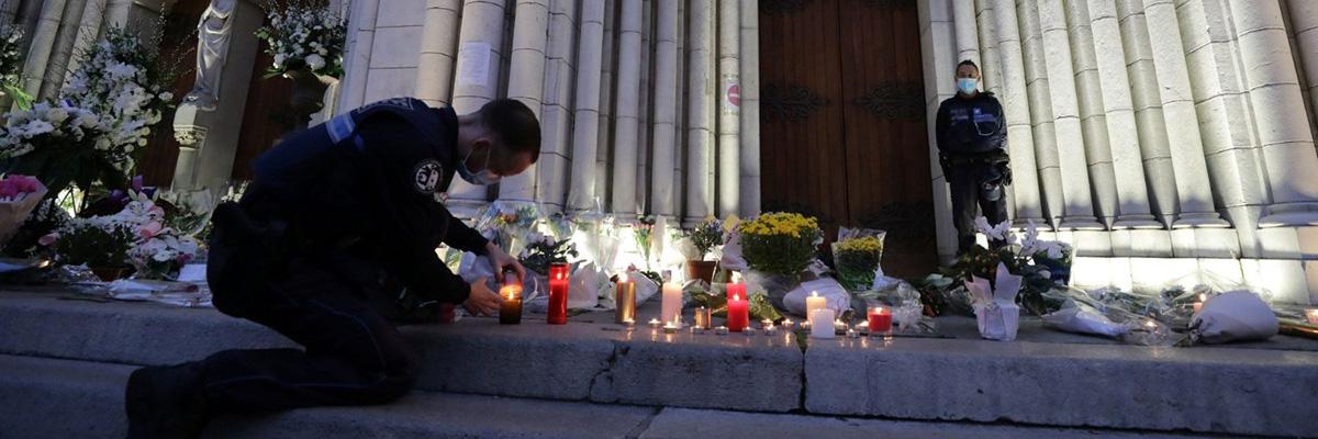 http://www.ihu.unisinos.br/images/ihu/2020/11/03-11-2020-atentados-na-franca-sao-jovens-criados-no-odio-e-radicalizados-na-rede-entrevista-com-gilles-kepel-Foto-Vatican-News.jpg