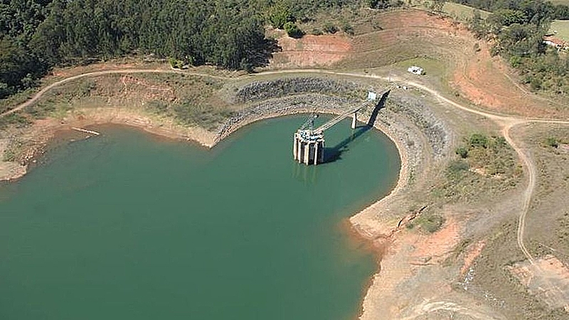 seca em reservatório
